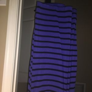 old navy cotton knee tight skirt blue and black